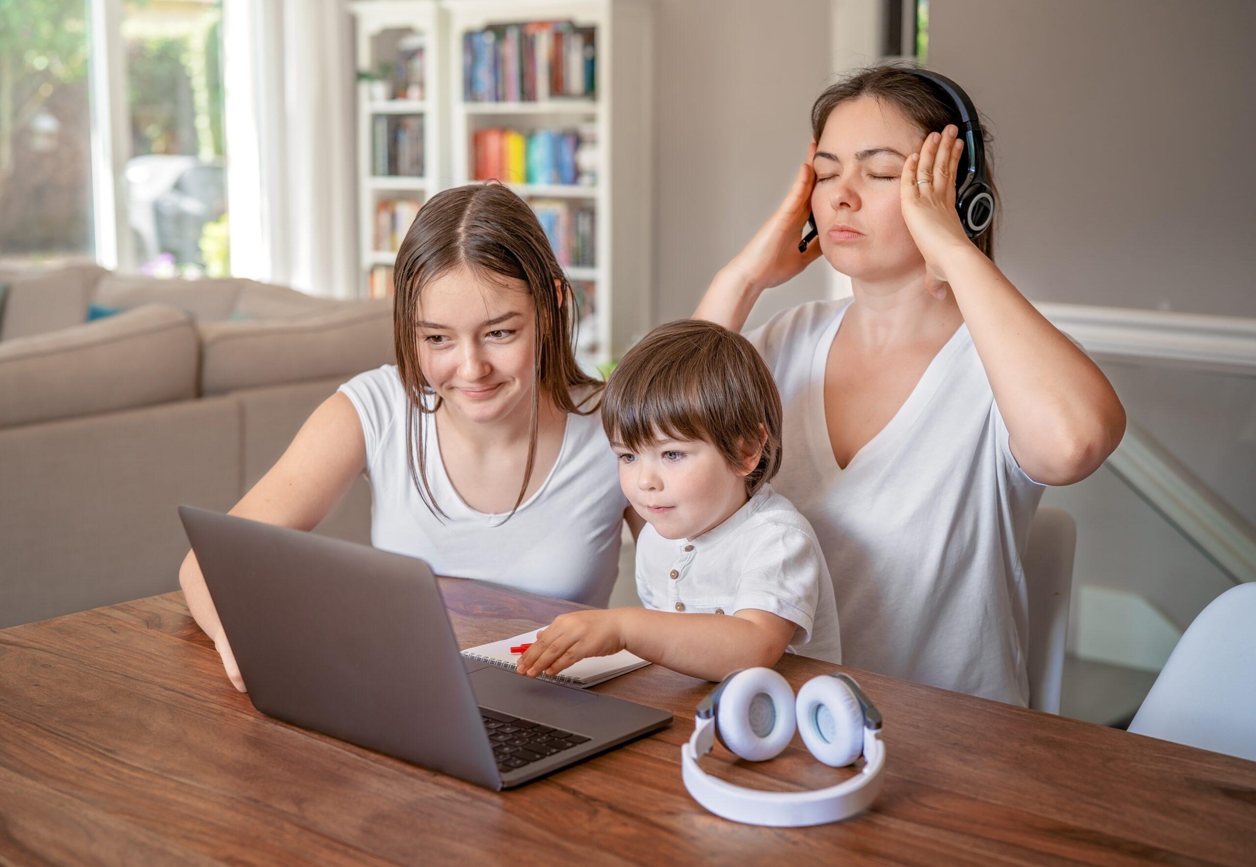 Niños en casa, padres ocupados: cómo evitar accidentes